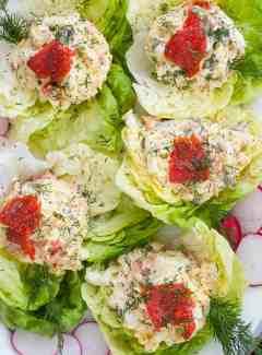 Smoked salmon egg salad lettuce wraps. | joeshealthymeals.com