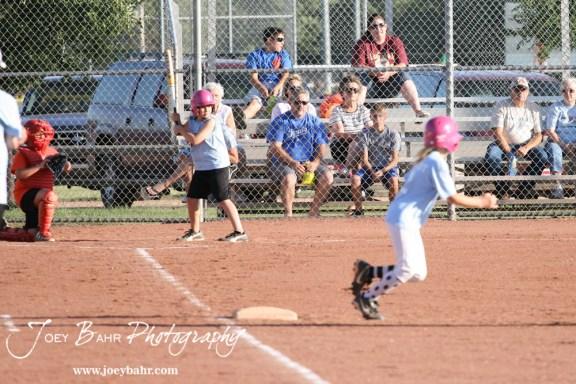 Mid-Kansas_Tornadoes_Softball_06-22-11_085