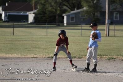 Mid-Kansas_Tornadoes_Boys_6-22-12_0122