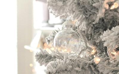 Christmas Movie Bucket List & Planner: Intentionally Enjoy the Season