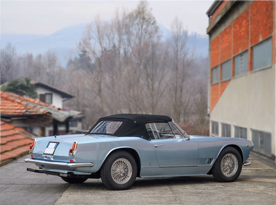 Rent Maserati 3500 Gt Vignale Spider In Italy Or French