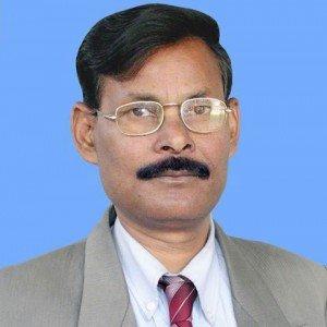 हरिनारायण ठाकुर, प्राध्यापक, एस आर ए पी कॉलेज, बरचकिया, पूर्वी चंपारण, बिहार