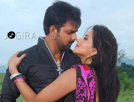 Pawan singh with Monalisha