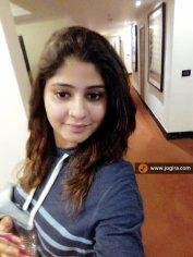 neha shree selfi style