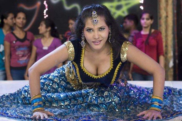 👙 Charmi Kaur Hot Photos 👅Sexy Bikini Images in HD Quality
