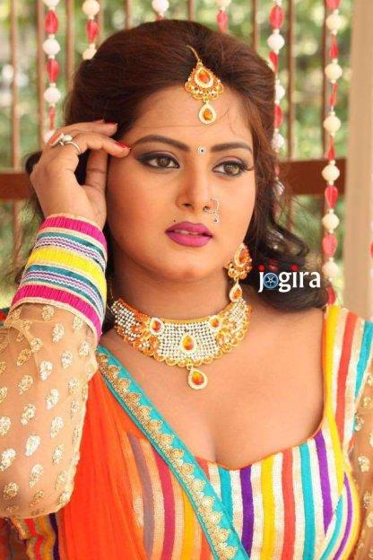 hot and sexy bhojpuri actress anjana singh