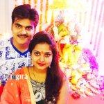 arvind akela kallu with wife