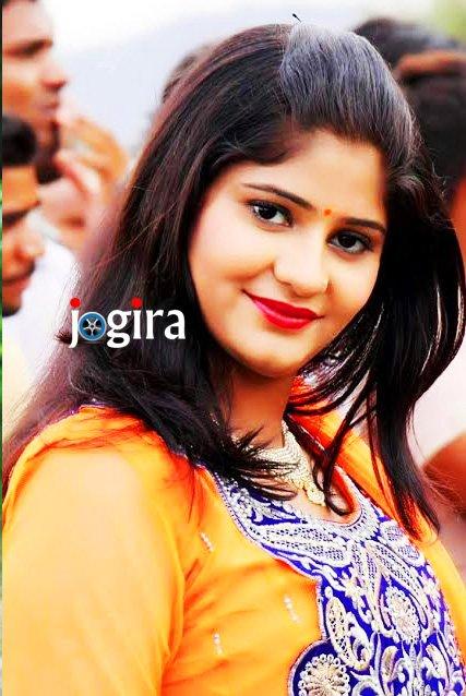 अभिनेत्री नेहा श्री प्रियंका चोपड़ा को अपना आदर्श मानती हैं