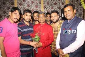 फिल्म लव एक्सप्रेस के स्क्रीनिंग पर पहुंचे झारखंड के पूर्व सीएम बाबूलाल मरांडी