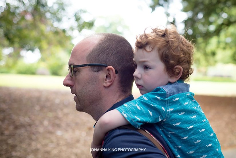Family maternity photo session in The Botanic Gardens, Dublin