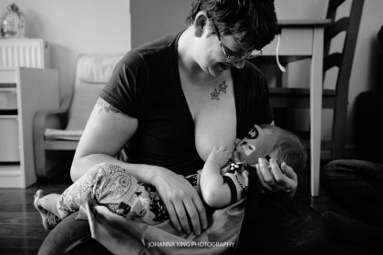 Dublin In-Home Family and Breastfeeding Photo Session