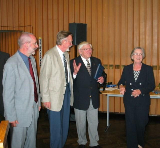 (v.l) Johannes Ziegner, Prof. Karl Ernst Nipkow, Karl Heinz Potthast, Barbara Lambrecht-Schadeberg, 2004