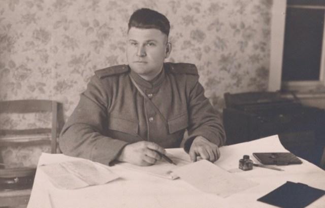 Einer der 3 russischen Kommandanten 1945