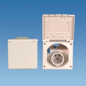 PowerPart PO113 – Beige Flush Fitting Mains Inlet