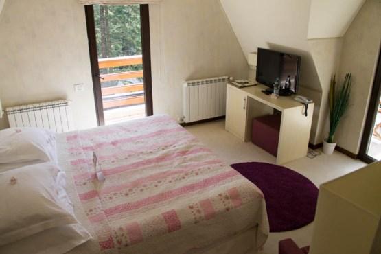 camera dubla ioana hotels 1