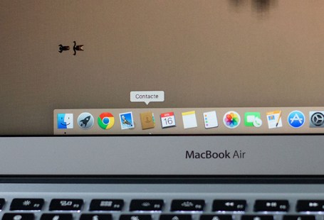macbook air display