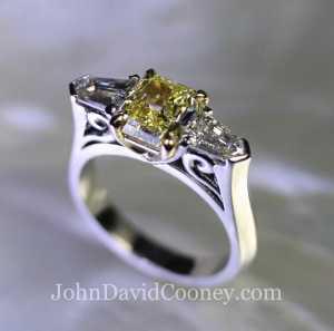 Fancy yellow diamond, Bullet diamonds, Platinum, 18K