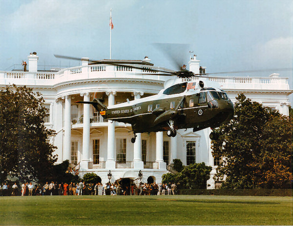 marine-one-white-house-lawn