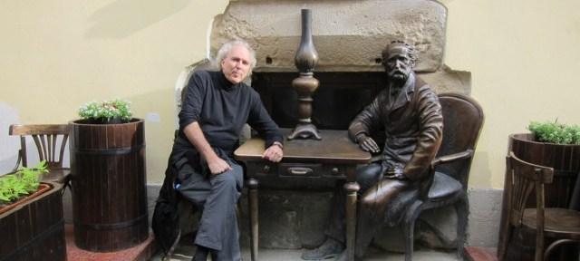 Lviv statue & JD