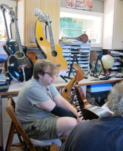 7. John Doan Harp Guitar Retreat Nick in Class