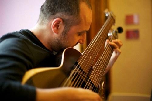 15.Marco harp guitar