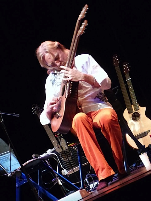 18.Jason Carter Harp Guitar Festival 2013