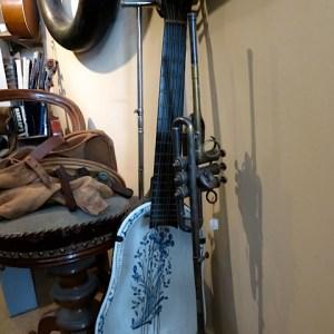 6.18th century Bidet Guitar