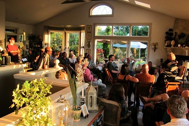 John Doan living room concert in his home.
