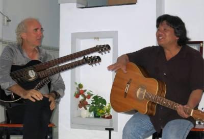 89. John Doan and Tinh Concert