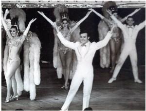 Teak Lewis performing at the Latin Quarter