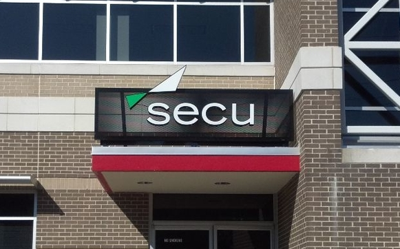 services bank sign