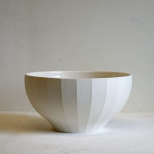 Porcelain Fluted Fruit Bowl