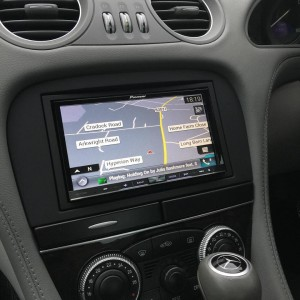 pioneer avic f70 to Mercedes SL