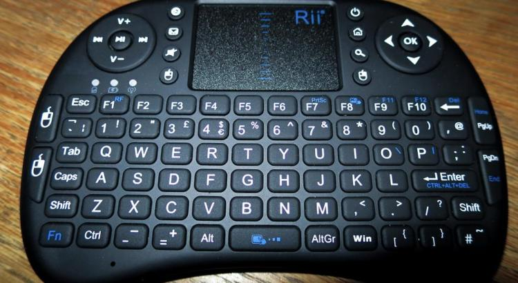 Rii i8 wireless Keyboard for openelec kodi