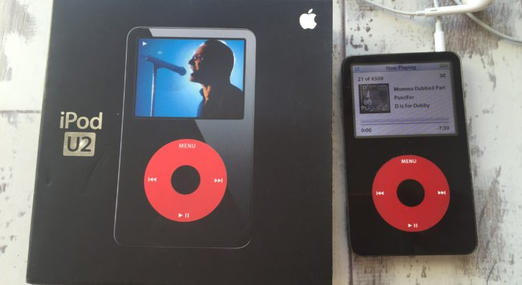 Front veiw on my 5th Generation iPod U2 edition & original packaging