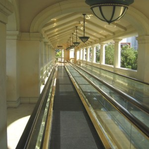 bellagio-moving-sidewalk
