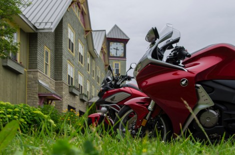 Two Hondas In Calabogie, ON
