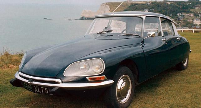 Voiture-Citroën-DS-de-Johnny-Hallyday