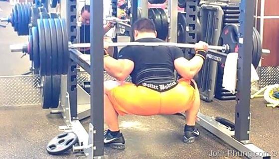board-shorts-squat