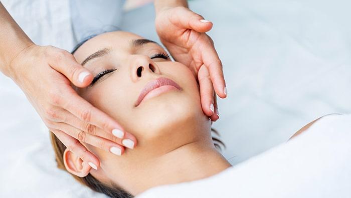 AquaGold for Skin Renewal