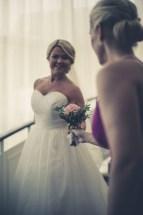 Fotografering av brud och brudtärna