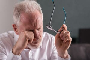 Avastin injections may lead to eye pain side effects.