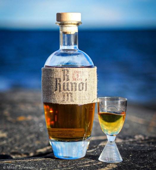 Runoi Rum