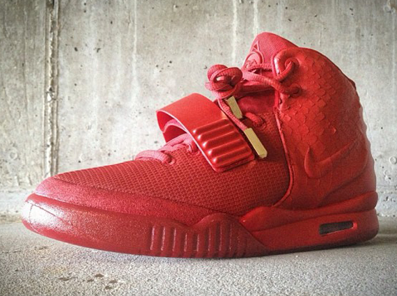 detailed look 7198e dfe9c IT'S HERE: NIKE AIR YEEZY 2