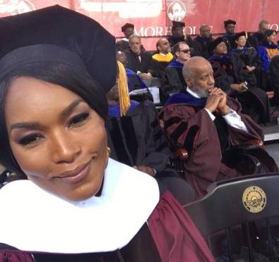 Angela Bassett Receives Honorary Degree From Morehouse College+Commencement Speaker Pays Off Entire 2019 Class Student Loans [Video]
