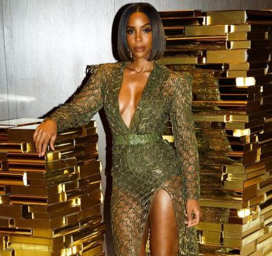 Watch: Kelly Rowland Dishes on Destiny's Child Reunion Rumors, Michelle's Infamous '106 & Park' Fall & More While Slaying at 'WWHL'