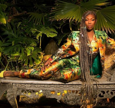 Brandy's 'B7' Storms To Top of Apple Music R&B/Overall Charts+Stream The Full Album & See Fan Reactions To The Album