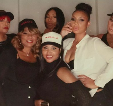 "Toni Braxton Claps Back at Tamar Braxton's ""Weasel"" Ex David Adefeso ""Leave My Family Alone""+Towanda & Trina React"