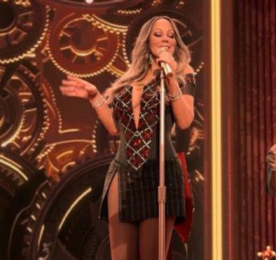 New Song/Video: Mariah Carey 'Oh Santa!' ft. Ariana Grande, Jennifer Hudson+Stream 'Magical Christmas Special' Soundtrack