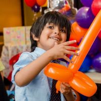 kids-balloon-modelling-london